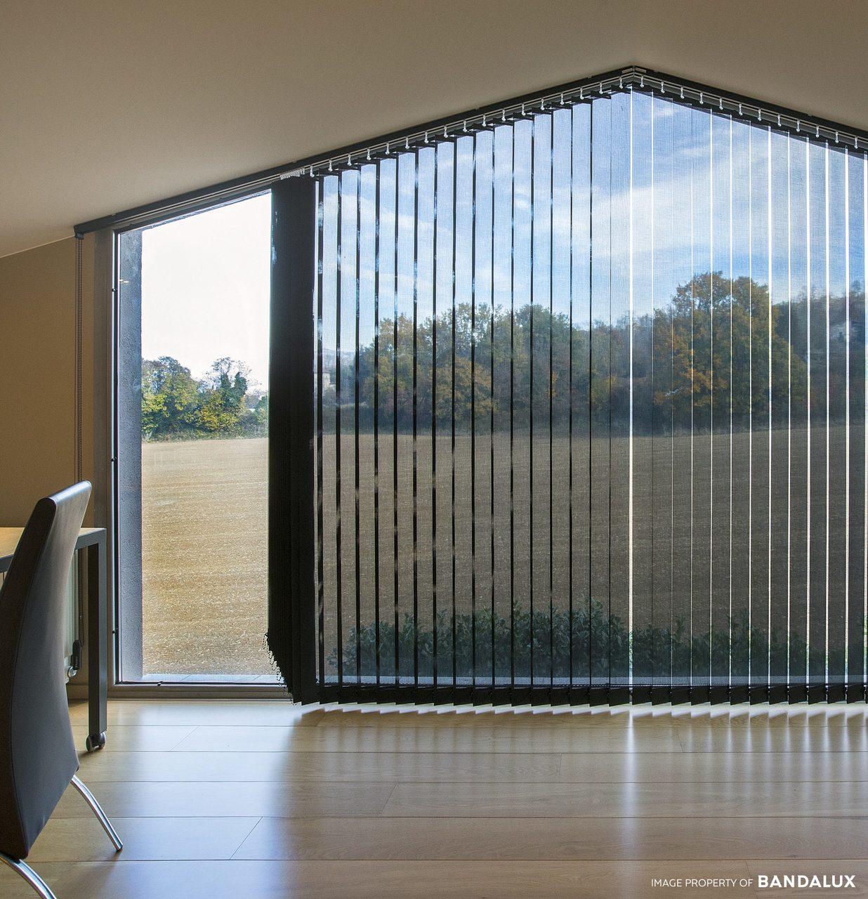 Estores para ventanas verticales inclinadas